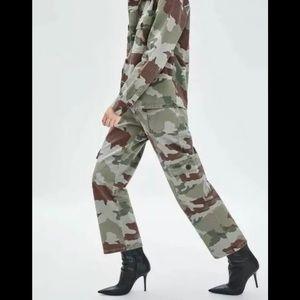 NWT Zara Trafaluc Camouflage Cargo Wide Leg Pants
